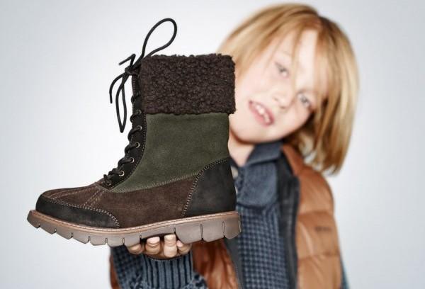 072009ff2 Из каких материалов должна быть зимняя обувь для детей.